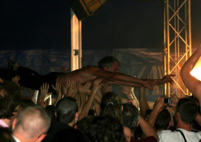 2010 (8)